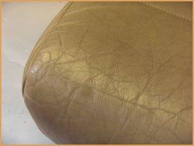 dung dịch tẩy màu ghế da sofa